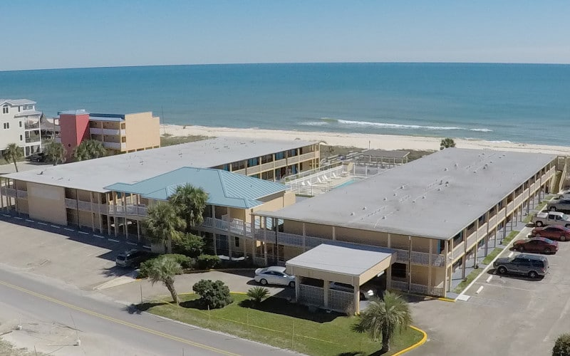 beachfront hotel on st. george island - Bucc Inn